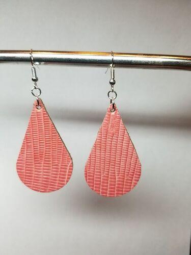 pink lizard earrings